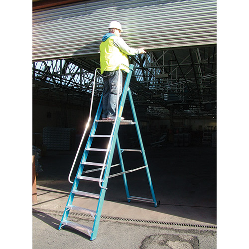 Safety Step Glassfibre Widestep-825